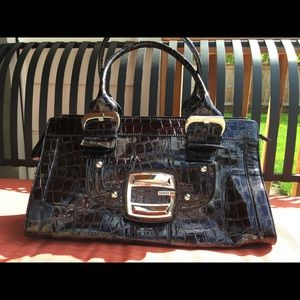 Guess handbag 👜 dark brown alligator print